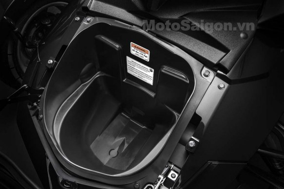 092414-2015-can-am-spyder-F3_Storage-front_15-583x389.jpg
