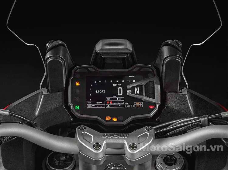 2015-Ducati-Multistrada-1200-07.jpg