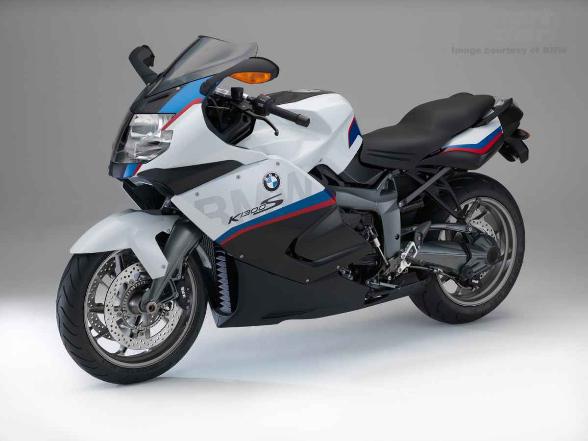 2015-bmw-k1300s-motorsport-2.jpg