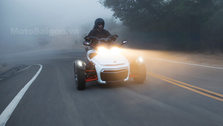 2015-can-am-spyder-f3-specs-and-prices-revealed-plus-more-photo-galleryvideo_5.jpg