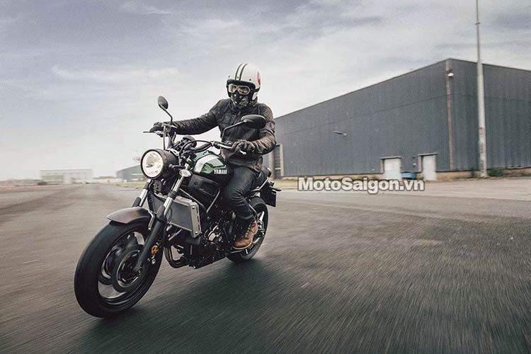 2016-Yamaha-XSR700-motosaigon-4.jpg