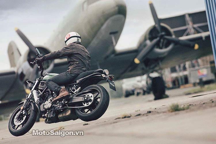 2016-Yamaha-XSR700-motosaigon-7.jpg