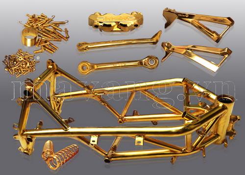 Ducati-848-evo-ma-vang-hang-tram-chi-tiet.jpg