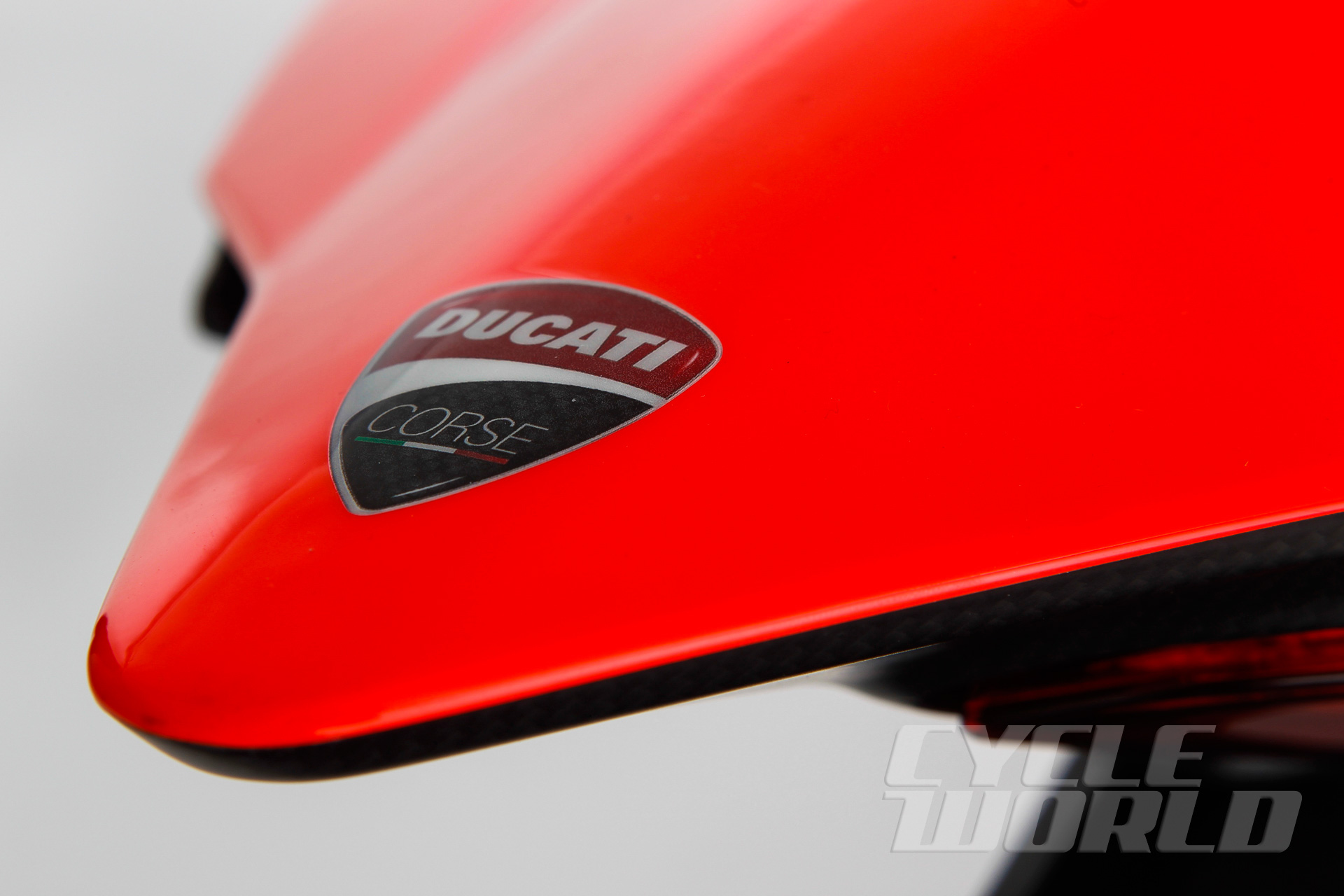 Ducati-Superleggera-detail-311.jpg