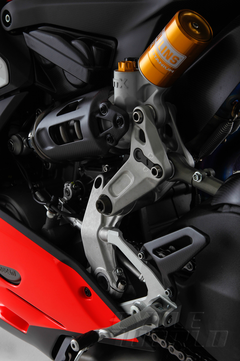 Ducati-Superleggera-detail-349.jpg