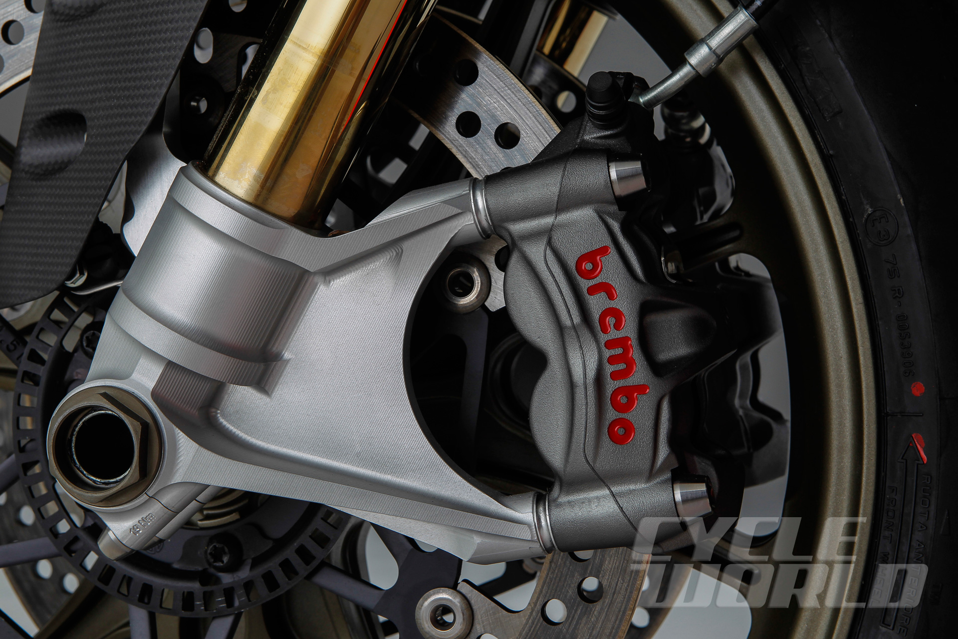 Ducati-Superleggera-detail-366.jpg