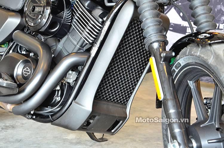 Harley-Davidson_street_750_motosaigon_4.jpg