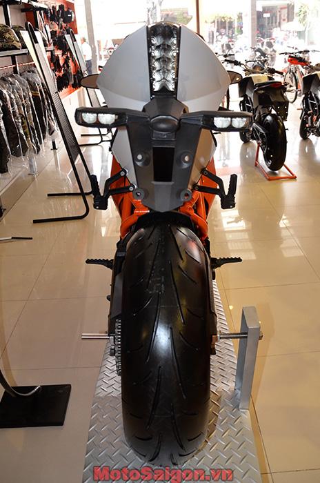 KTM-7.jpg