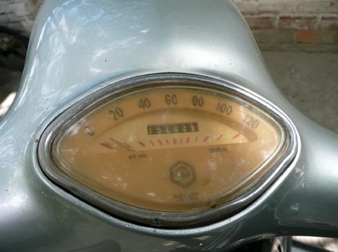 Vespa-Sprint-150-13-2989-1388134398.jpg