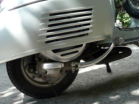 Vespa-Sprint-150-6-4454-1388134398.jpg