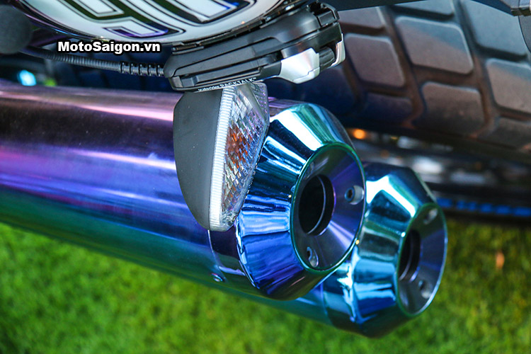 bmw-rninet-xanh-titanium-motosaigon-11.jpg