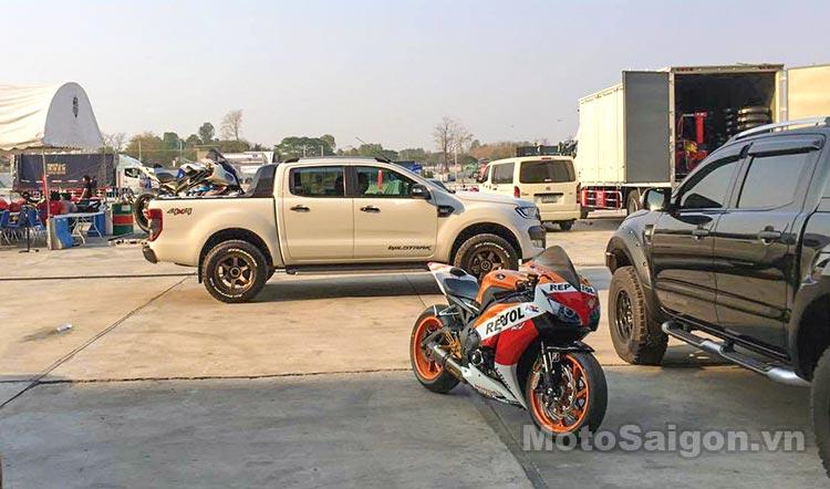bmw-s1000rr-truong-dua-chang-thai-moto-saigon-4.jpg