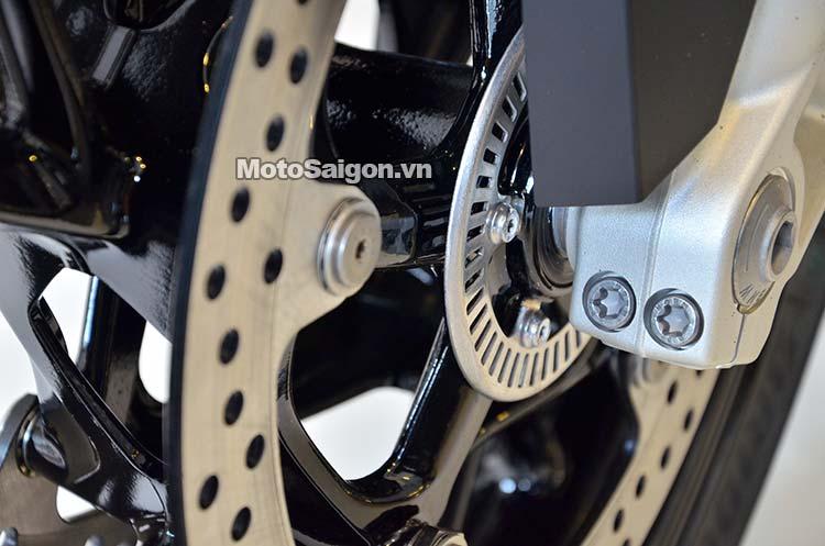 bmw-s1000xr-dau-tien-vietnam-motosaigon-32.jpg