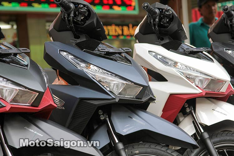 click-thai-125i-2016-moto-saigon-3.jpg
