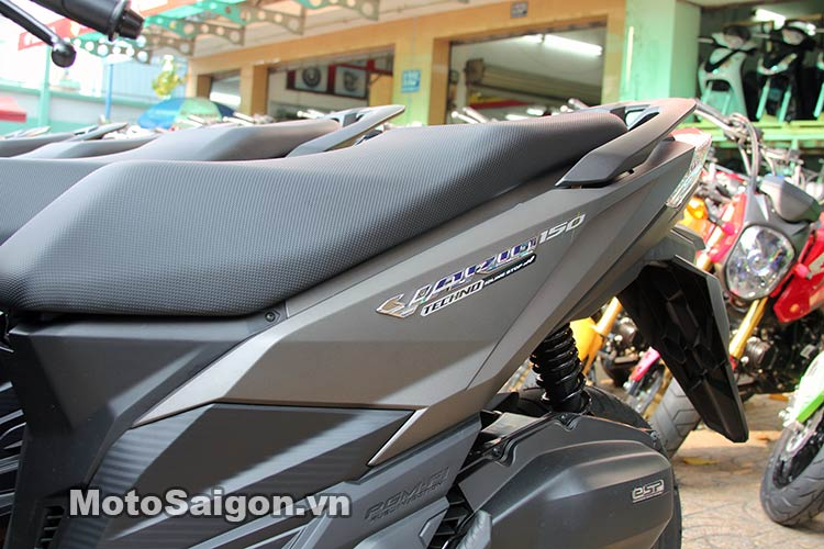 click-thai-125i-2016-moto-saigon-9.jpg