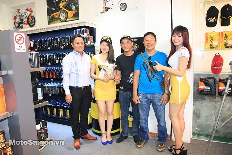 dau-nhot-express-canter-moto-saigon-15.jpg
