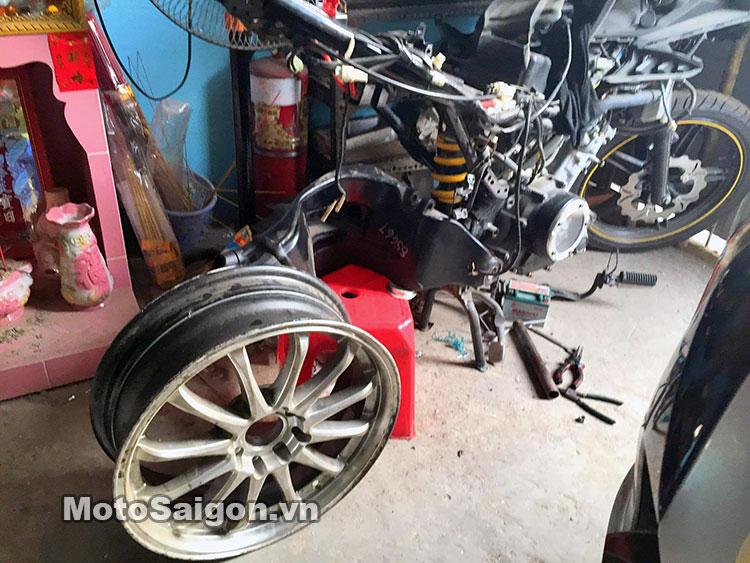 exciter-150-do-gap-don-1198-motosaigon-14.jpg