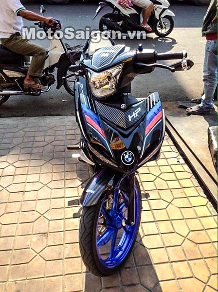 exciter-150-do-tem-bmw-hp-moto-saigon-2.jpg