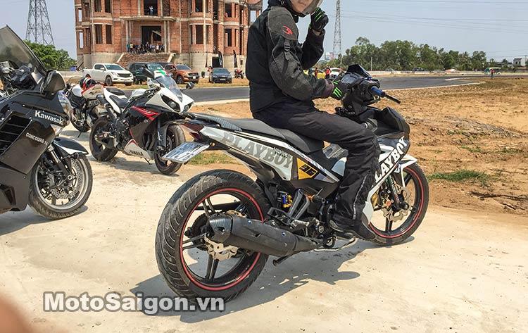 exciter-150-test-truong-dua-happy-land-moto-saigon-3.jpg