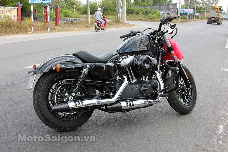harley-48-2016-moto-saigon-5.jpg