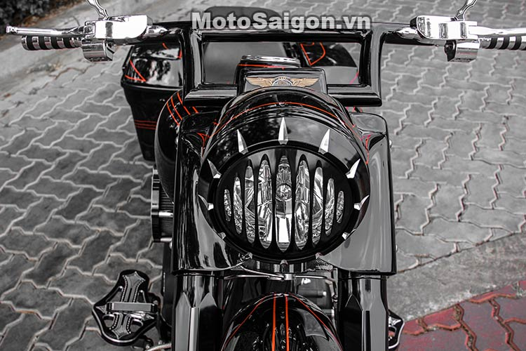harley-road-king-do-bagger-moto-saigon-16.jpg
