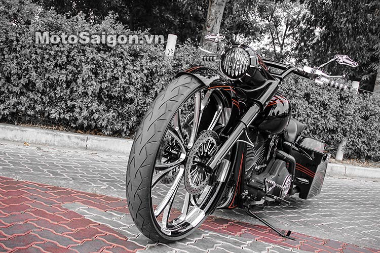harley-road-king-do-bagger-moto-saigon-20.jpg