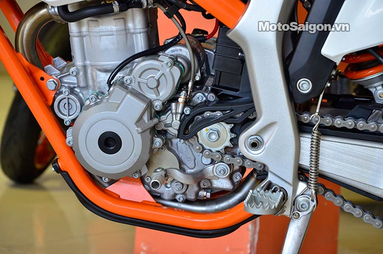 ktm-350-free-ride-moto-saigon-21.jpg