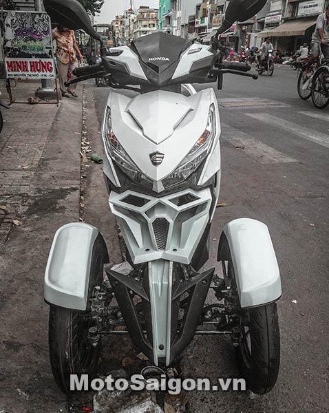 lick-thai-do-3-banh-neowing-moto-saigon-12.jpg