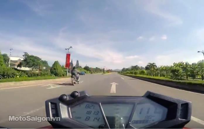 max-speed-z800-moto-saigon.jpg
