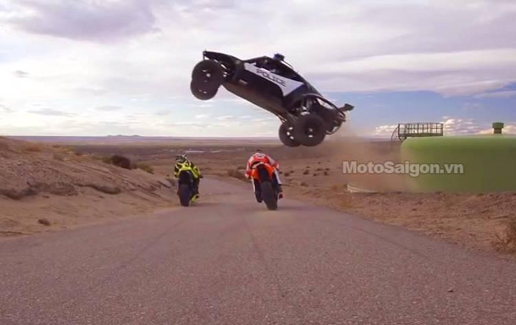moto_stunt_bieu_dien_motosaigon.jpg