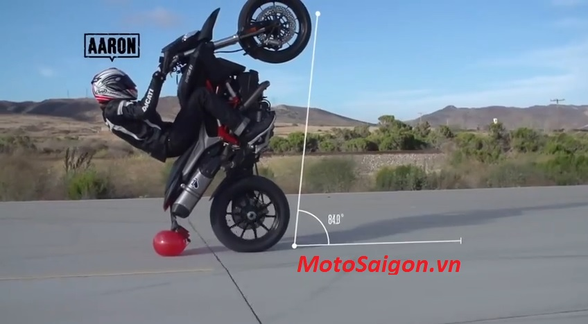 motosaigon_thidau_stunt.jpg