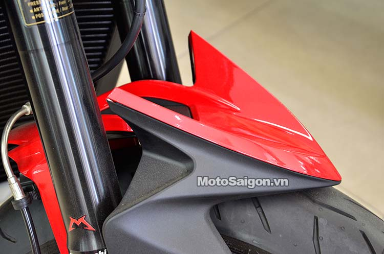 mv-agusta-rivale-motosaigon-14.jpg