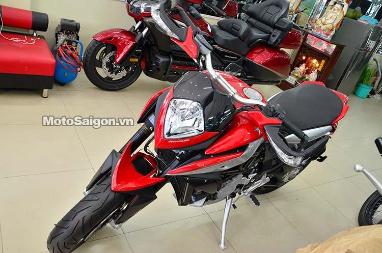 mv-agusta-rivale-motosaigon-19.jpg