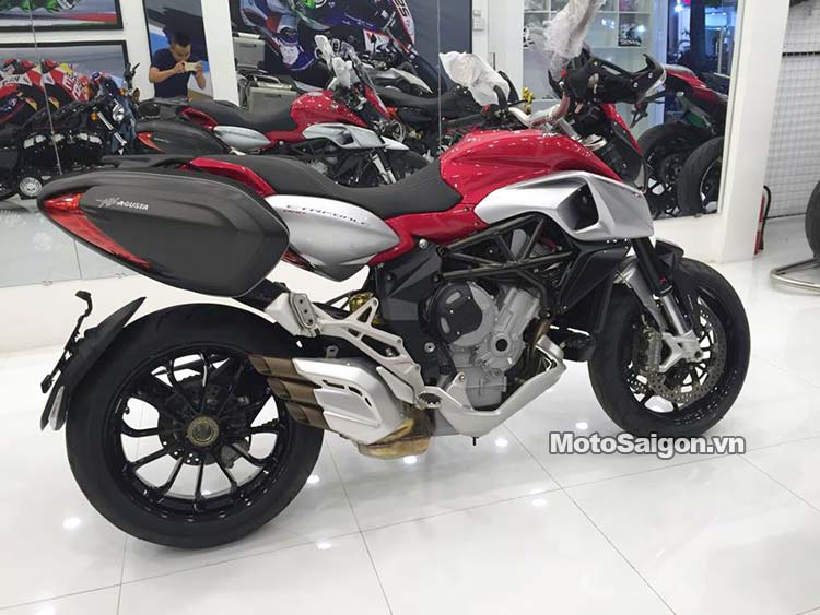 mv-agusta-stradale-800-moto-saigon-1.jpg