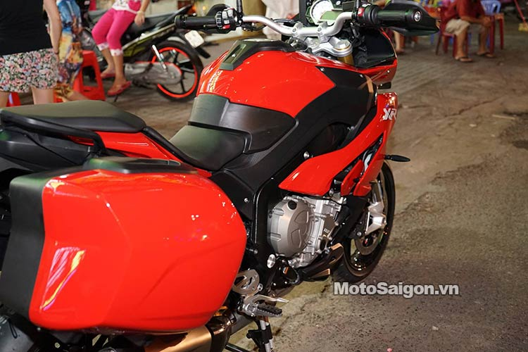 s1000xr-2016-len-do-choi-babyspeed-motosaigon-10.jpg