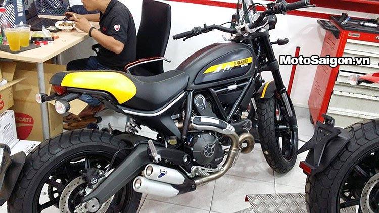scrambler-full-throttle-classic-enduro-motosaigon-1.jpg