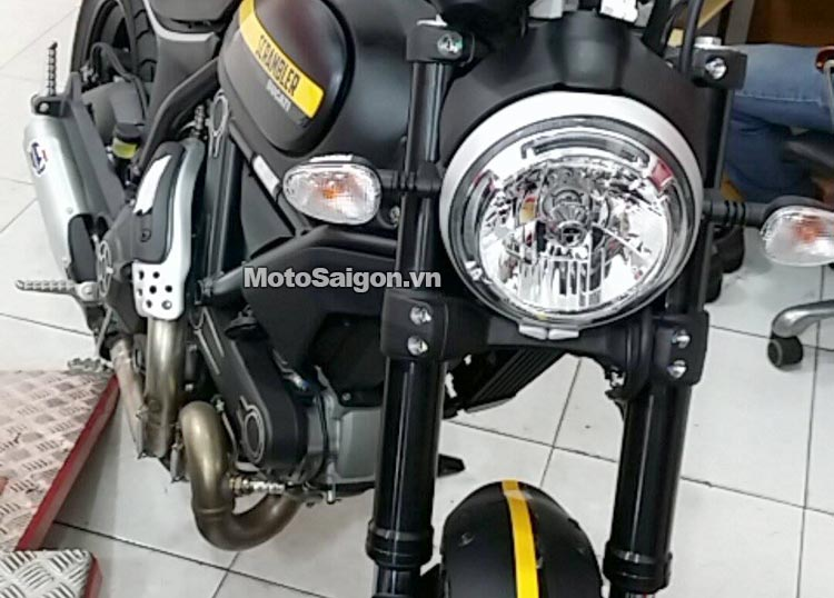 scrambler-full-throttle-classic-enduro-motosaigon-6.jpg