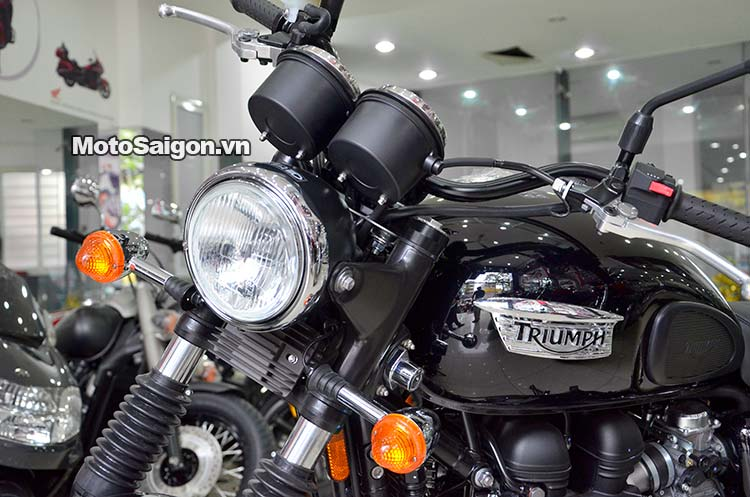triumph-scrambler-900-2015-motosaigon-9.jpg