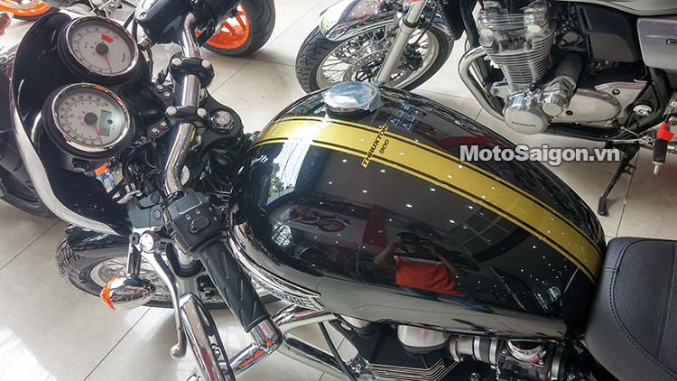 triumph-thruxton-900-2015-motosaigon-2.jpg