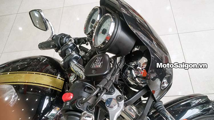 triumph-thruxton-900-2015-motosaigon-27.jpg