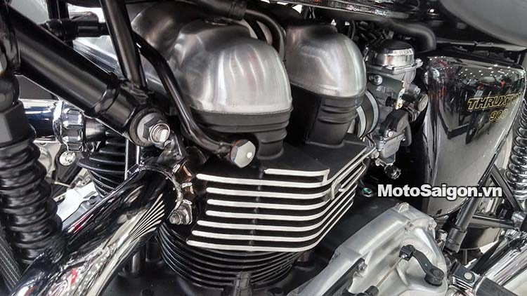 triumph-thruxton-900-2015-motosaigon-30.jpg