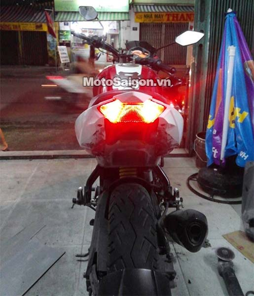 yamaha-fz-do-duoi-exciter-150-moto-saigon-3.jpg