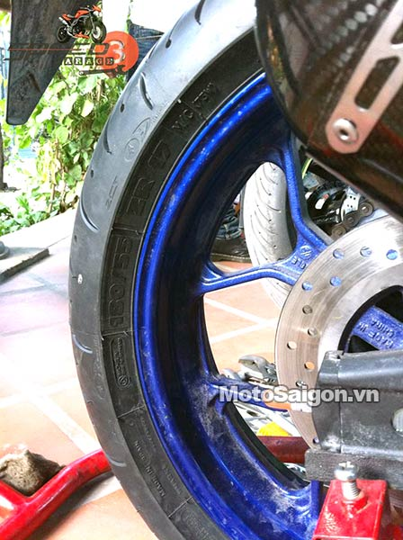 yamaha-r3-do-lop-banh-to-180-moto-saigon-3.jpg