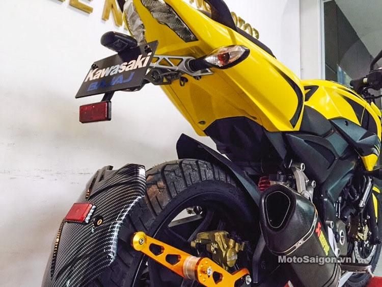 Pulsar 200NS màu vàng độ đồ chơi đẹp mắt