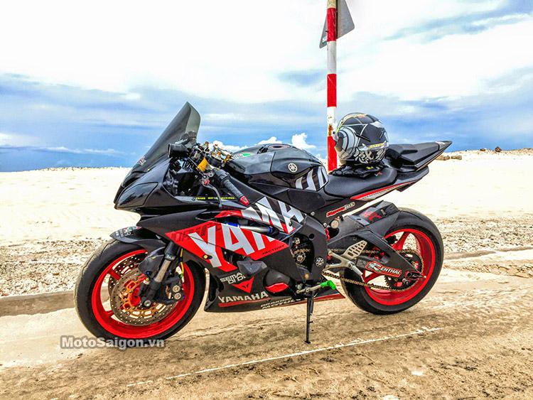 Yamaha R6 tem đen đỏ lên đồ chơi khủng