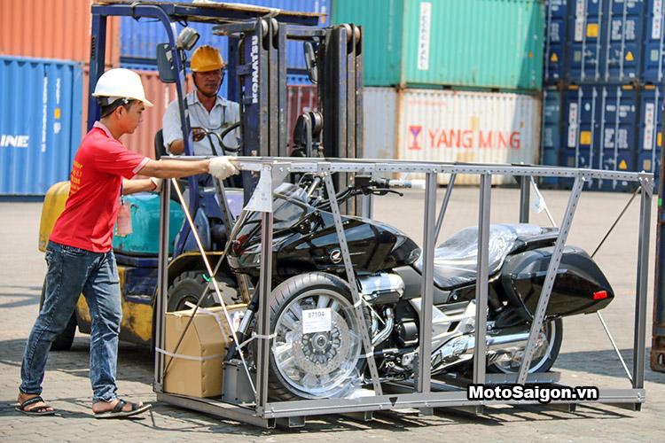bmw-k1600-gtl-thruxton-r-xsr900-ctx-1300-moto-saigon-17
