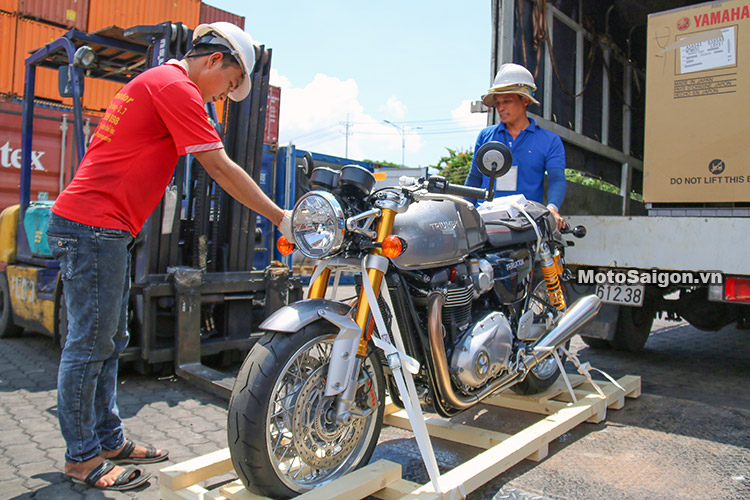 bmw-k1600-gtl-thruxton-r-xsr900-ctx-1300-moto-saigon-2