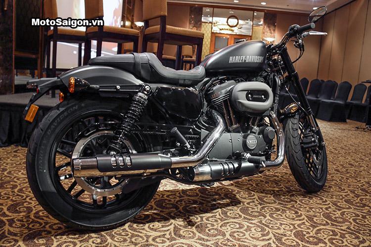 Harley Roadster 2016 phiên bản màu đen