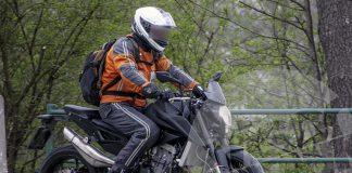KTM Duke 800 2017 trên đường chạy thử