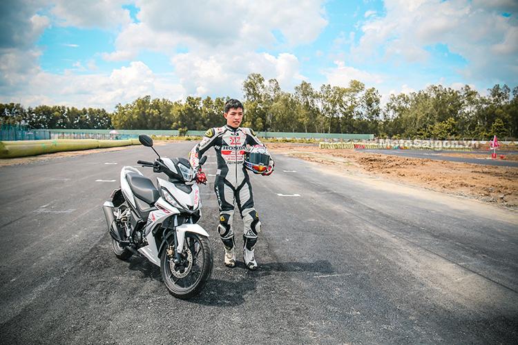 tay-dua-bui-duy-thong-winner-150-motosaigon-3